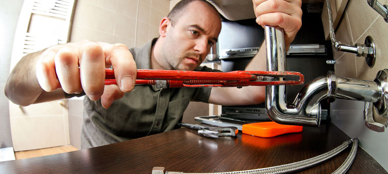 Are you in need of plumbing services? Call Central Heating & Air Conditioning today to schedule your plumbing service!